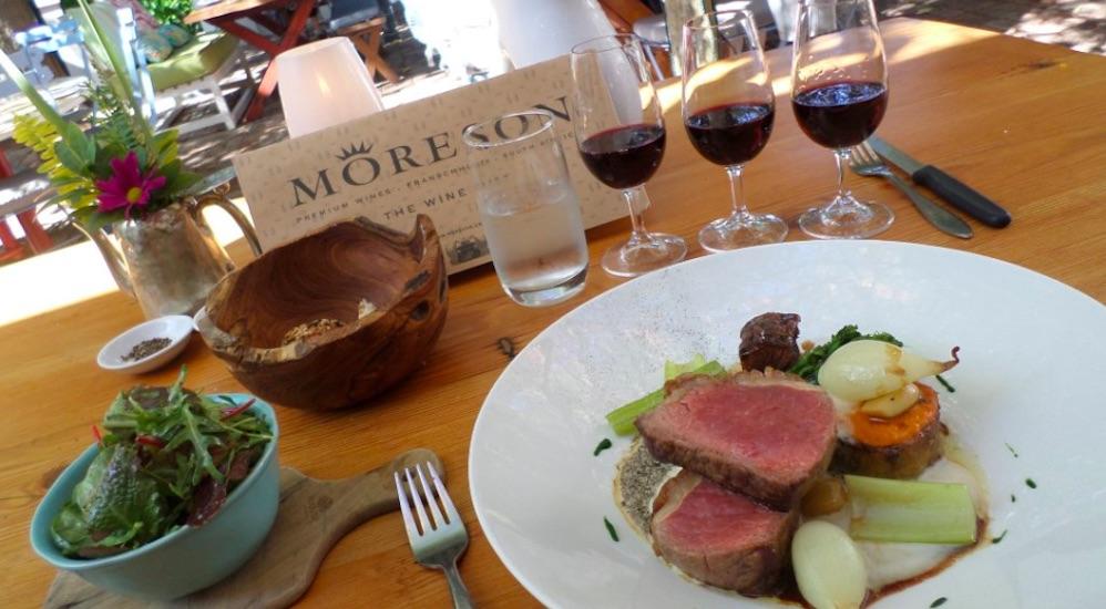 Köstliche Weinprobe auf Moreson
